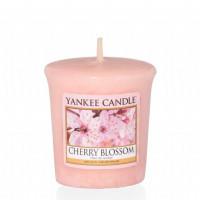 Dišeča svečka Yankee Candle - Cherry Blossom