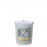 Dišeča svečka Yankee Candle - A Calm and Quiet Place